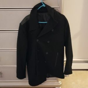 Kenneth Cole peacoat mint condition